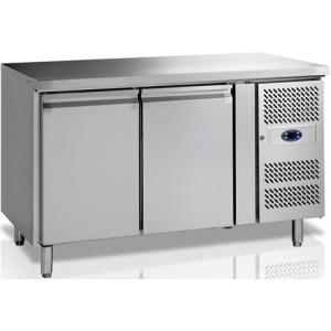 Стол холодильный, GN1/1, L1.36м, без борта, 2 двери глухие, ножки, -2/+10С, нерж.сталь, дин.охл., агрегат справа, R600a